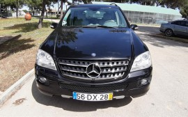 Mercedes Benz ML 320 4 Matic image