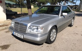 Mercedes Benz E 220 Coupê Image